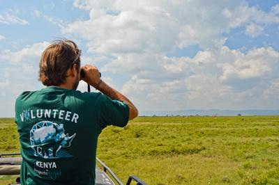 Projects Abroad Conservation volunteers conduct a survey of wild animals at a reserve in Kenya, Africa.