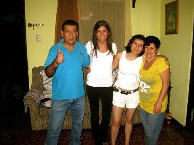 Projects Abroad哥斯達黎加義工與她的寄宿家庭