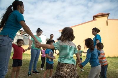 Costa Rican children participate in an activity led by Projects Abroad volunteers in Central America