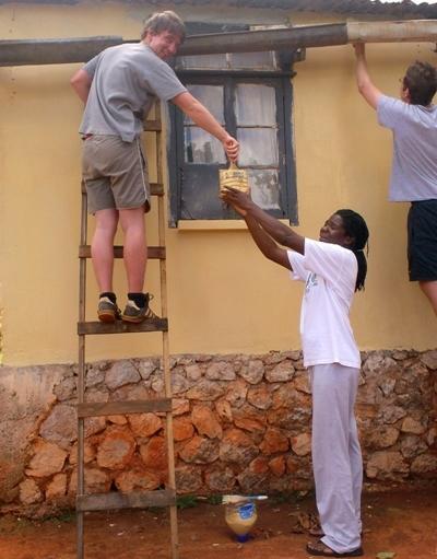Projects Abroad義工在牙買加參與建設項目