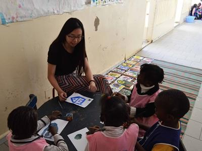 Projects Abroad volunteer travels to Senegal to teach disadvantaged children at a kindergarten