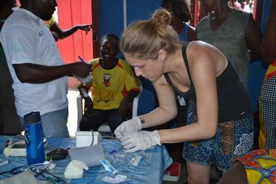 Projects Abroad volunteers takes part in a Public Health outreach in Ghana.