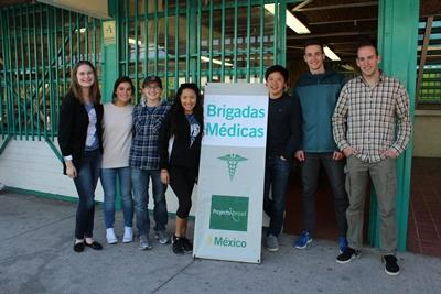 Projects Abroad volunteers attend an outreach in Guadalajara, Mexico.
