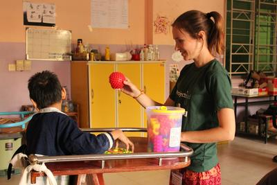 Learn about treating various conditions on the High School Special Physiotherapy Project in the Philippines.