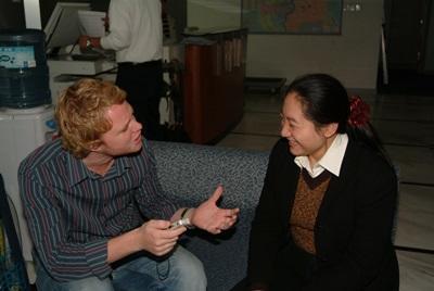中國上海及成都的新聞實習工作機會