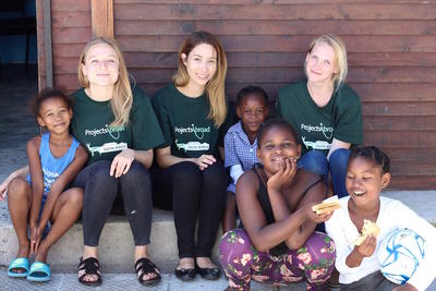 Raise awareness around nutrition on an internship in South Africa