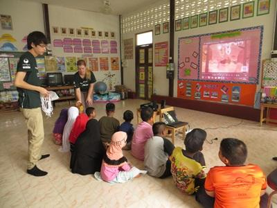 Teaching volunteers conduct a class with Thai students