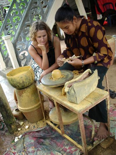 During her Khmer Project volunteer trip to Cambodia, a volunteer learns about local arts and crafts