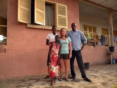 女義工在加納的寄宿家庭
